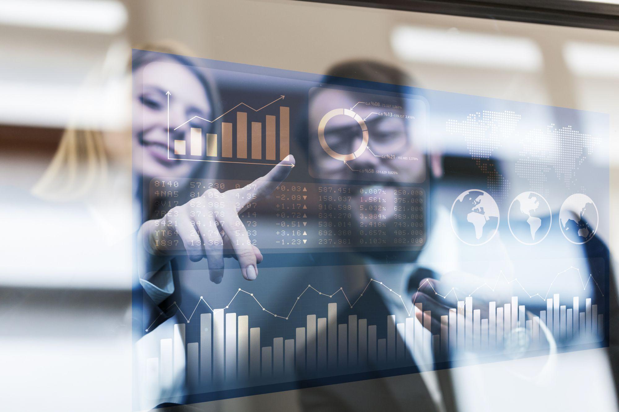 A Customer Data Platform Picks Up Where CRM Leaves Off